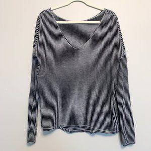 Lululemon V neck Long Sleeved Striped T Shirt
